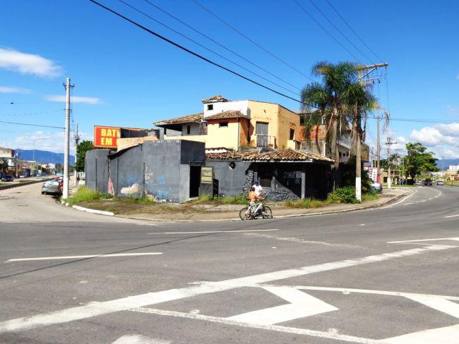 Casa Comercial venda Sumaré Caraguatatuba